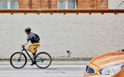 5 opasnih navika vozača koje izluđuju bicikliste!